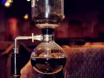 重庆咖啡师培训排名 虹吸壶煮咖啡的处理手