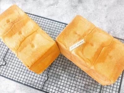 柔软细腻的奶香吐司面包