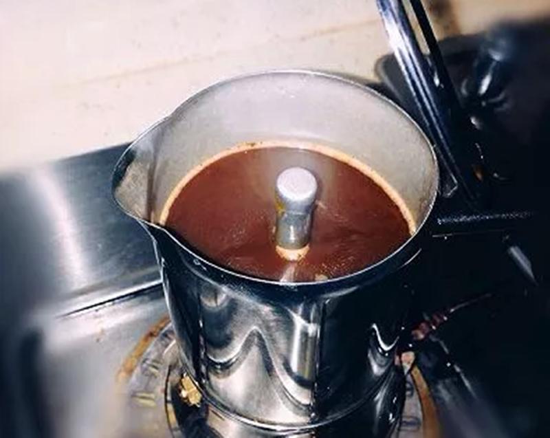 分层拿铁咖啡的做法,怎么做分层拿铁咖啡丨咖啡培训